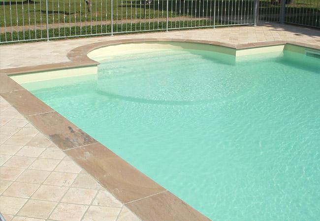 Bluservice piscine albino bergamo piscine costruzione for Colore per piscine